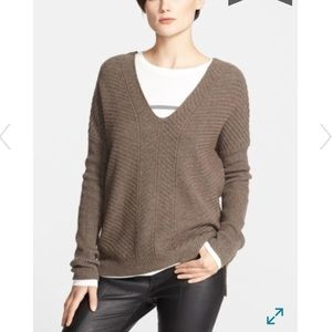 Vince Wool&Cashmere Double V Chevron Sweater S B3